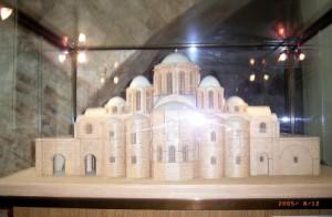 Рис. 1 Макет-реконструкцию первоначального облика собора, можно посмотреть в самом Софийском соборе